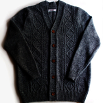 Men's knitted lambswool V-neck cardigan with handmade oak buttons/sweater cardigan/jumper/plaits/cable knit